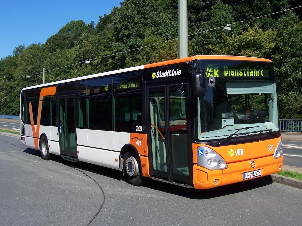 Bus VER CC-BY-SA-2.5/2.0/1.0 Martin Hawlisch