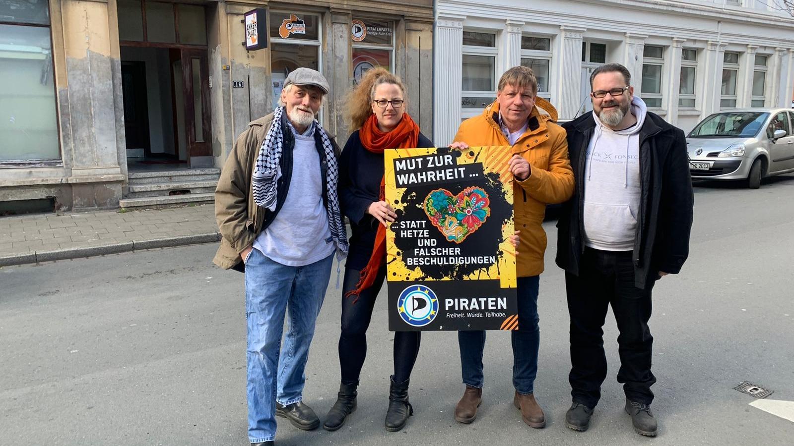 v.l.n.r: Werner Segschneider, Maria Bach, Roland Löpke, Stefan Borggraefe